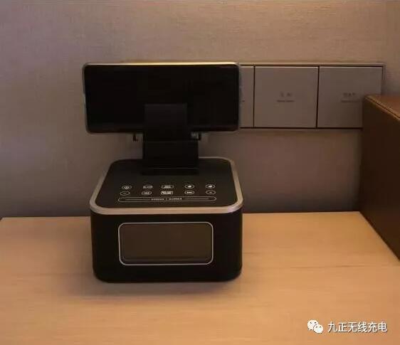 IHG旗下七天假日酒店引入墙壁式无线充电器